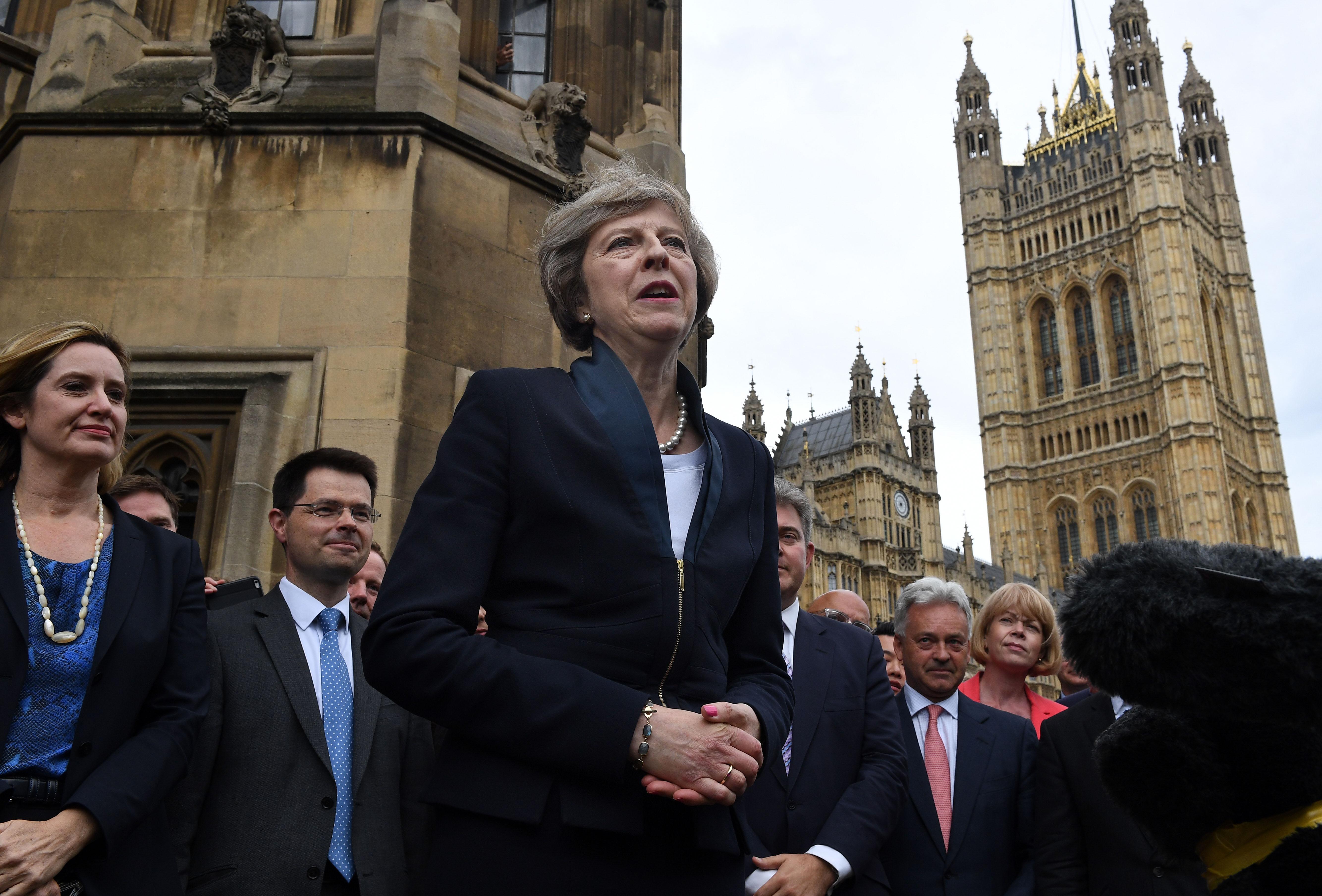 特雷莎·梅当选英国保守党新党魁 将接替卡梅伦出任首相