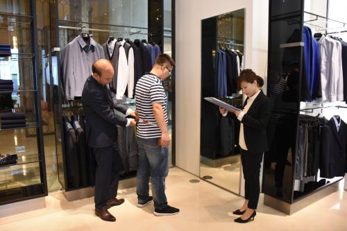 银川滨河如意全流程智能化服装生产线投产