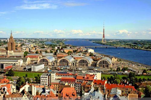 拉脱维亚概况,拉脱维亚人口、面积、重要节日一览