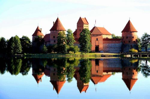 立陶宛概况,立陶宛人口、面积、重要节日一览