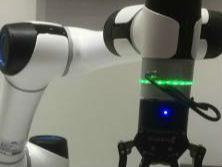 中国机器人市场呈爆发性增长 人才需求缺口大