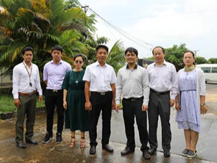 柬埔寨教育部副司长邦雷•尼思考察西港特区