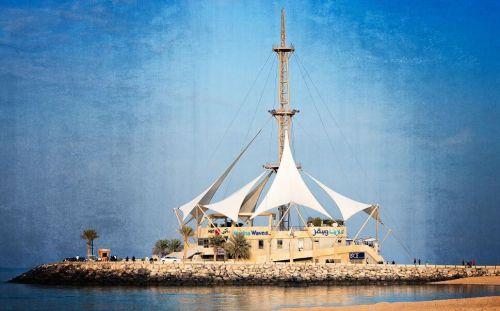科威特概况,科威特人口、面积、重要节日一览