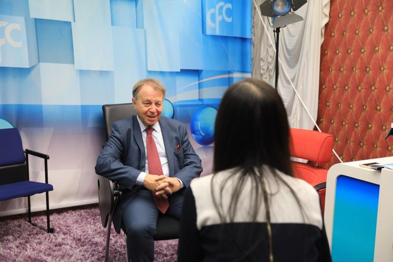 中经社记者专访国际能源署新能源部高级分析师CédricPhilibert