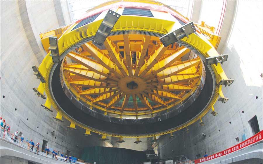 哈尔滨电机厂有限责任公司设计制造、具有完全自主知识产权的三峡右岸26号机定子
