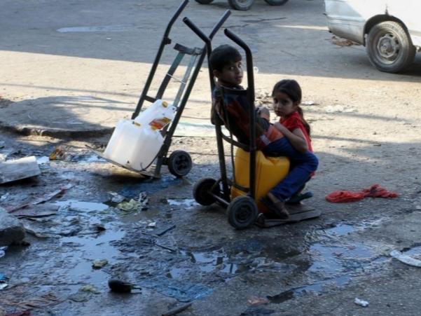 外界十年封锁致加沙地带进入紧急状态