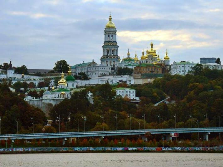 """乌克兰:审议""""外币法""""草案"""