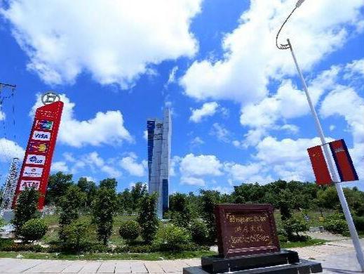 崇州工商联主席游刚称赞西港特区发展鼓舞人心