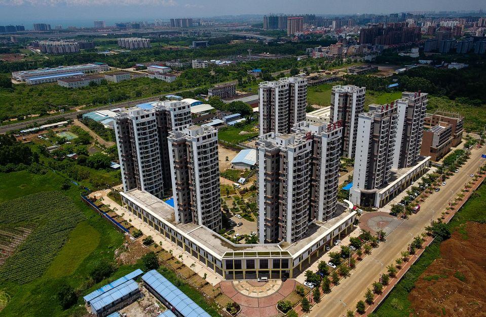 老城经济开发区企业职工公寓(5月22日无人机拍摄)。新华社记者杨冠宇摄