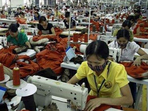 开城工业园入驻企业纷纷在越南投资建厂 利用当地低价劳动力