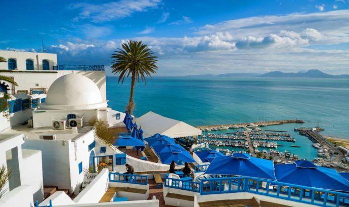 突尼斯市外的蓝白小镇——西迪·布赛,突尼斯摄影:MAX SHEN, GETTY IMAGES