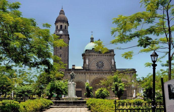 Manila_Cathedralinside_Intramuros-1024x663