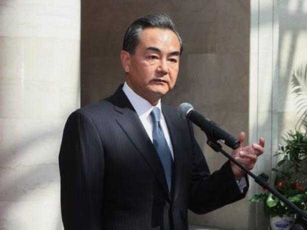 王毅:中国坚持不干涉内政 其他国家也不得干涉别国内政