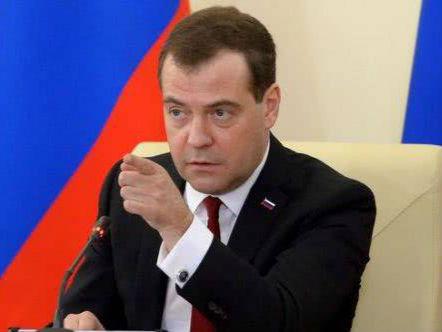 梅德韦杰夫:对俄制裁令欧洲损失大大高于美国