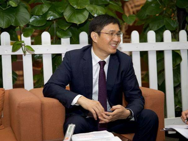 专访隆基股份董事长钟宝申:发展可再生能源实现减排  为经济发展贡献价值