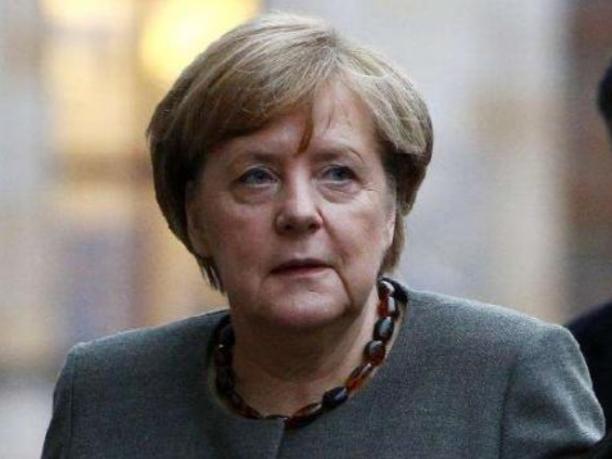 """默克尔说英国""""脱欧""""协议还需继续讨论"""