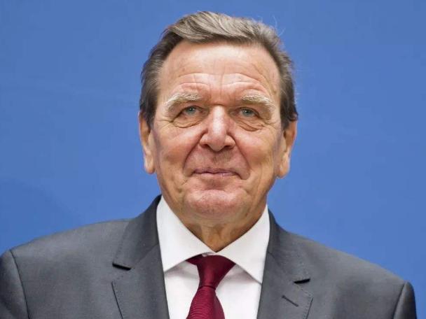 德国前总理呼吁德中加强合作共同应对全球挑战