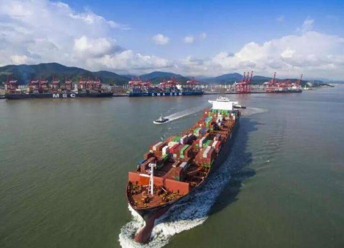 宁波舟山港积极应对船舶大型化趋势