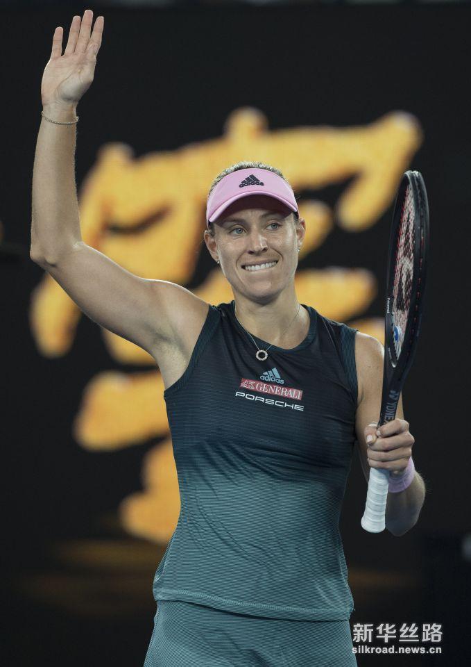 澳网:科贝尔晋级第三轮。    1月16日,科贝尔在庆祝胜利。    当日,在2019澳大利亚网球公开赛女单第二轮比赛中,德国选手科贝尔以2比0战胜巴西选手马亚,晋级第三轮。    新华社记者吕小炜摄