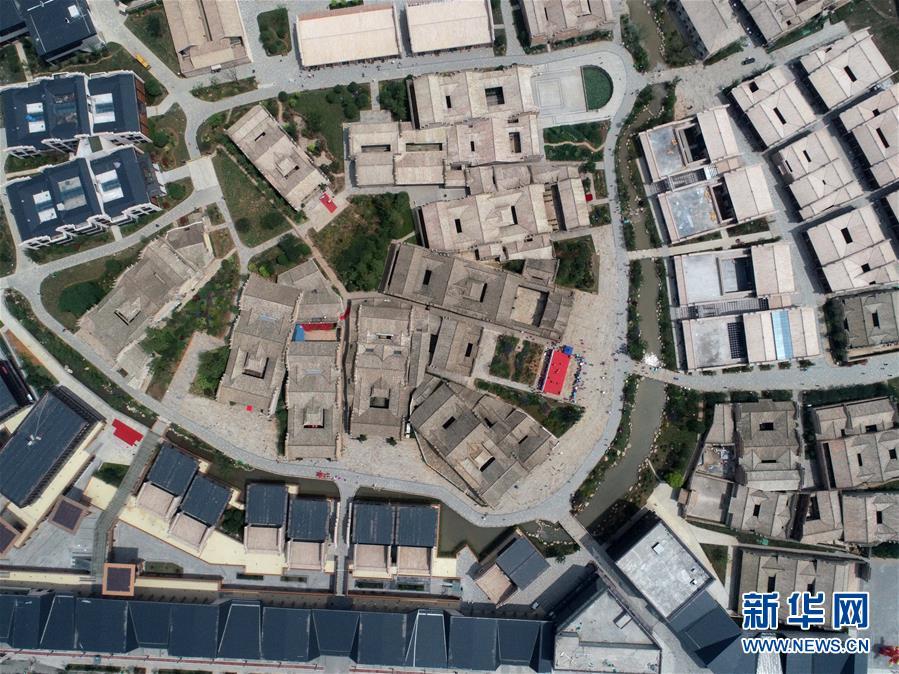 这是6月5日无人机拍摄的江西省宜春市万载县万载古城一景。新华社记者 彭昭之 摄