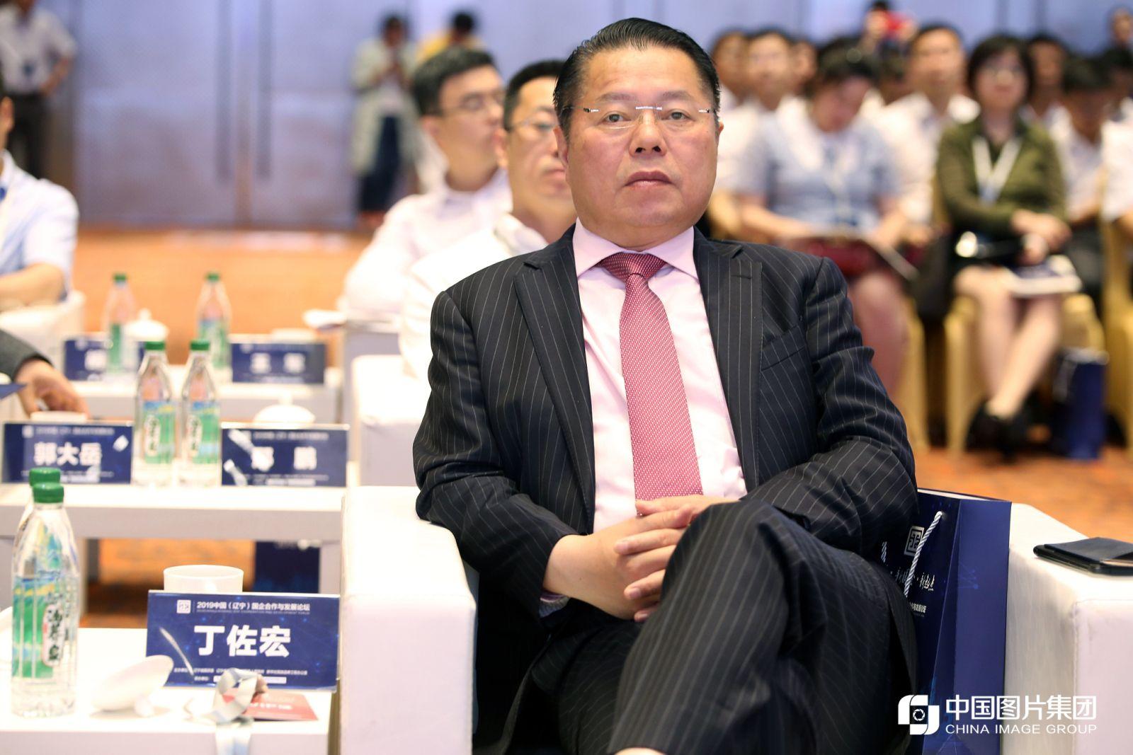 月星集团董事局主席丁佐宏。