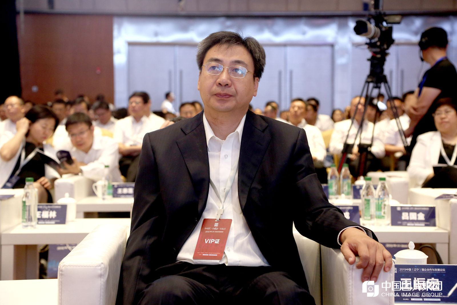 新华通讯社辽宁分社分党组书记、社长王振宏。
