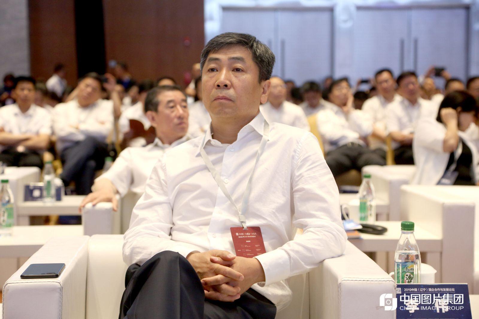 辽宁省国资委主任、党委副书记李伟。