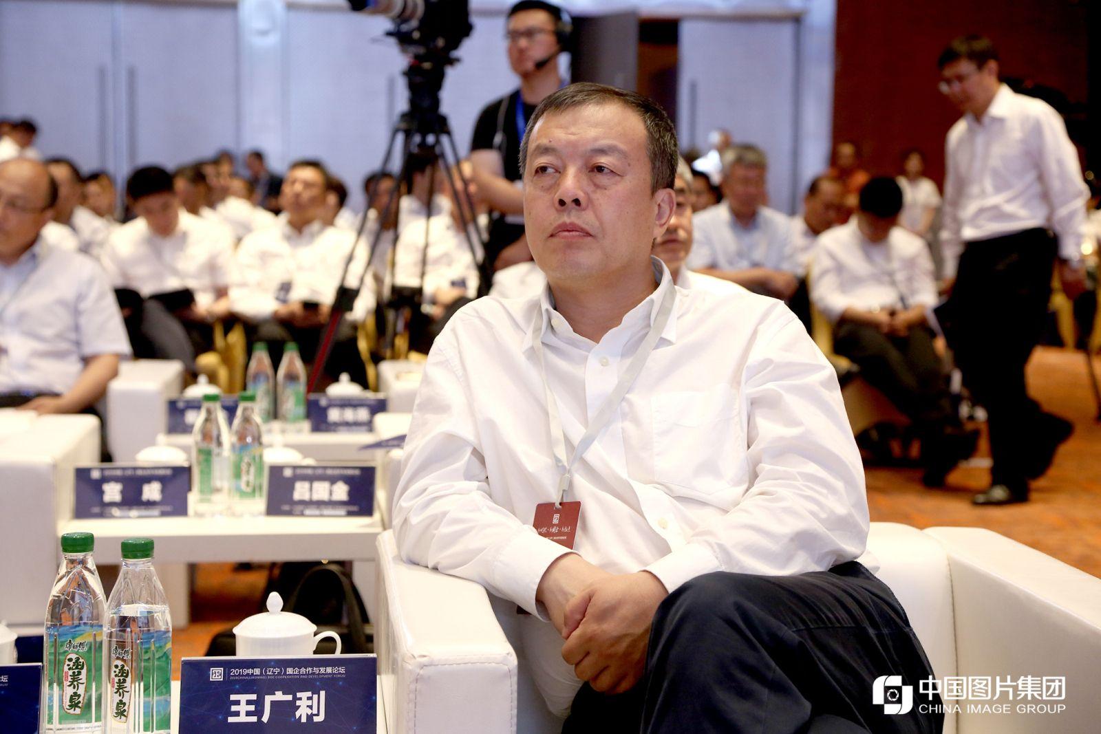 辽宁省商务厅党组副书记、副厅长王广利。