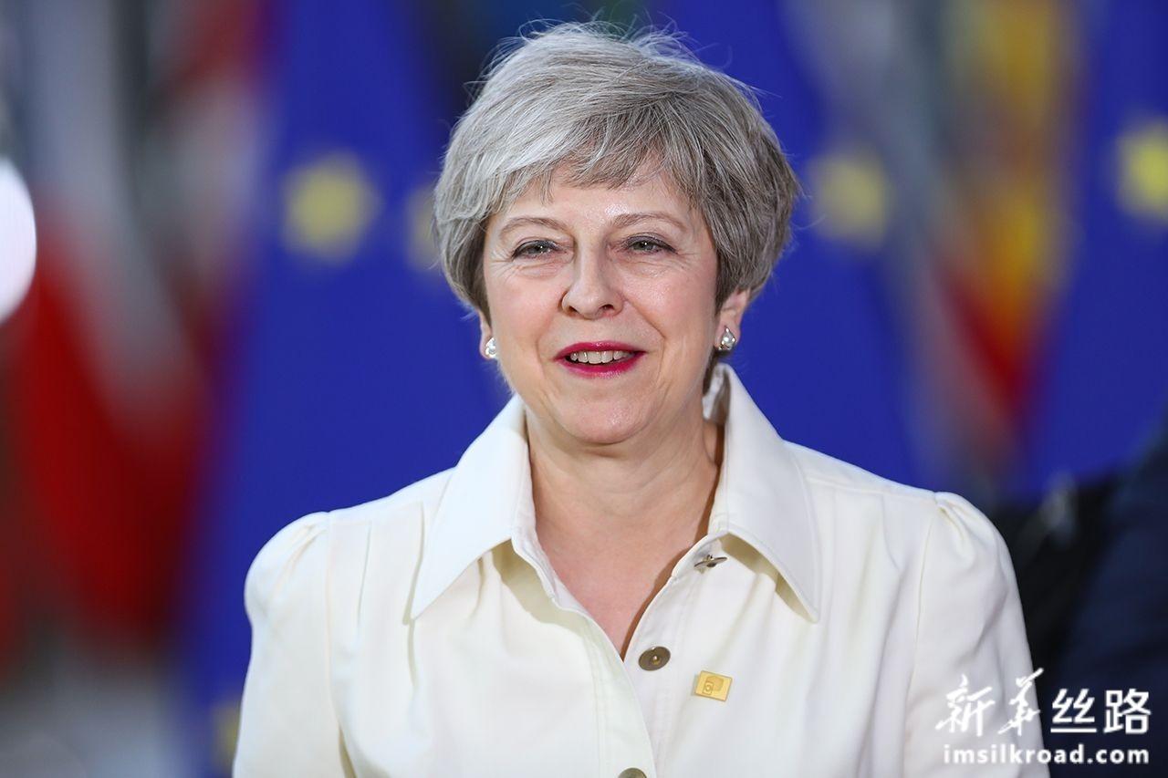6月30日,在位于比利时布鲁塞尔的欧盟总部,英国首相特蕾莎·梅准备出席欧盟峰会。新华社记者张铖摄