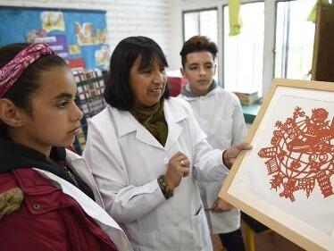 """乌拉圭这所小学以""""中国""""命名 它与中国的不解之缘从2004年开始"""
