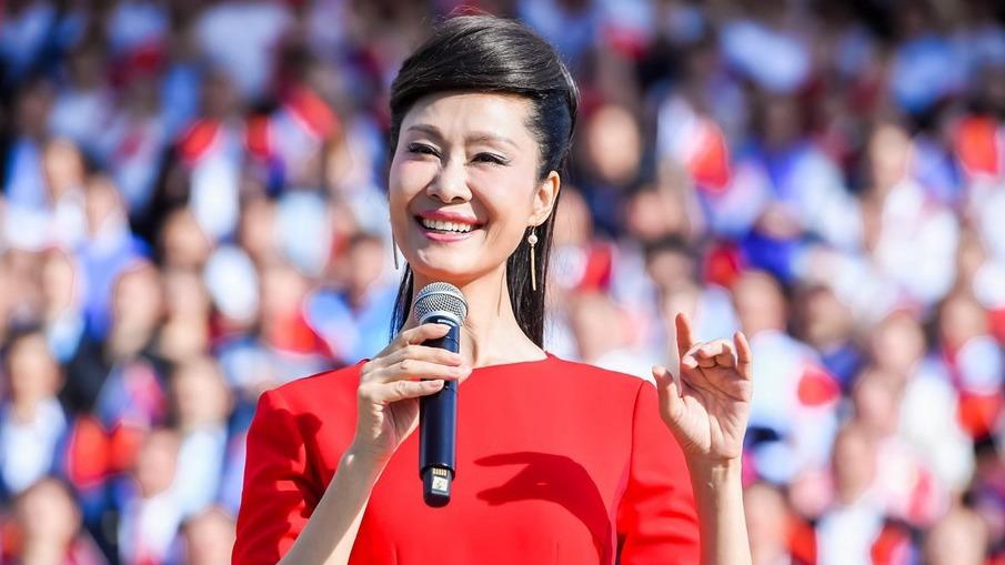 """""""2019中国企业家博鳌论坛""""音乐纪录片拍摄现场。"""