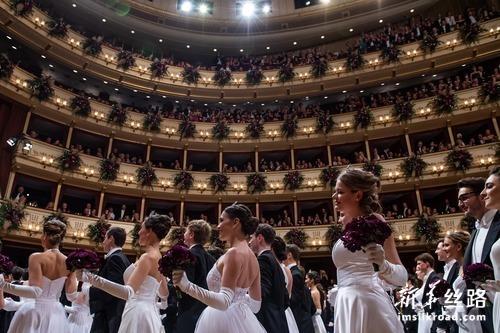 2020年维也纳歌剧院舞会在奥地利举行