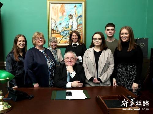 奥法乔尔再次当选爱尔兰众议院议长