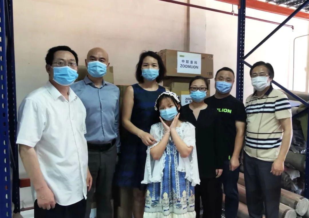 中联重科海湾分公司联合阿联酋湖南商会为迪拜侨界疫情防控物资应急储备中心捐赠防疫物资