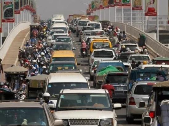 受疫情影响柬埔寨今年前5个月机动车进口额降17.39%