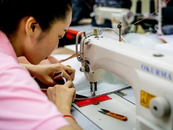 欧盟启动耗资约350万美元的项目助柬制衣业发展
