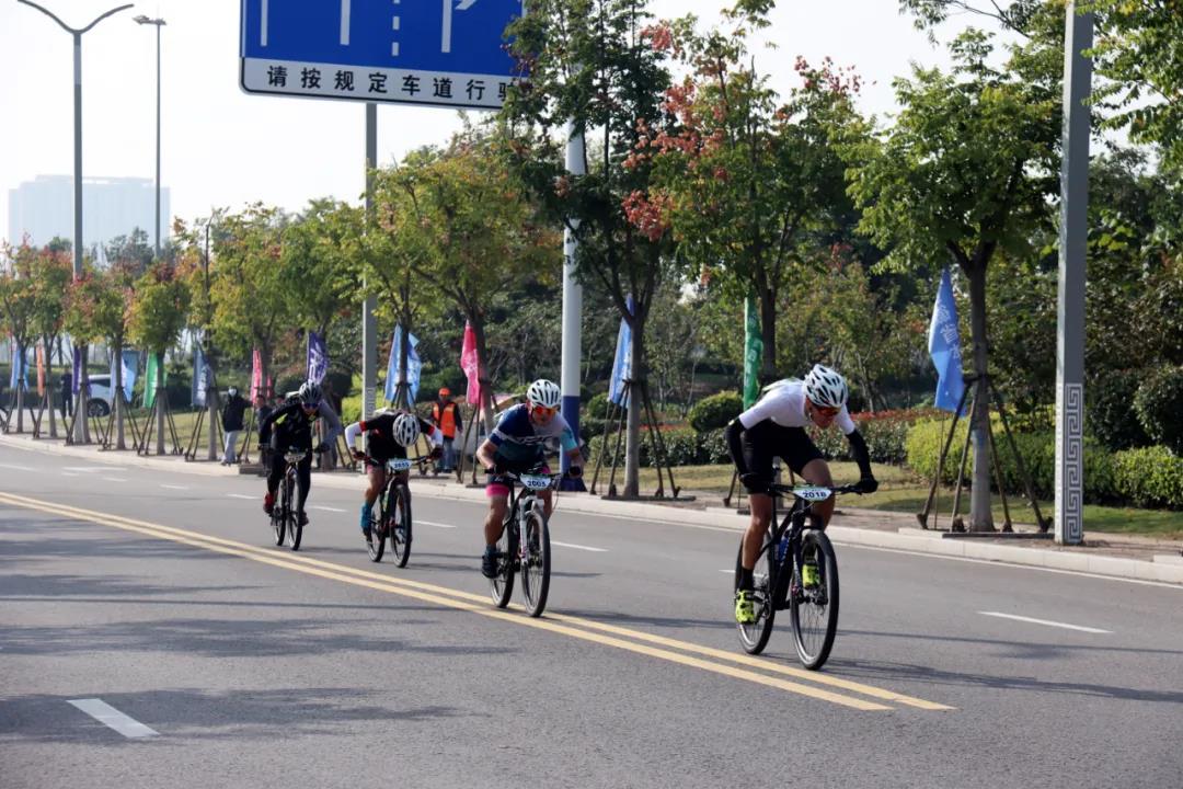 安徽泗县:成功举办2020年安徽省全民健身主题骑行赛首届自行车邀请赛