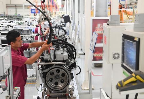西智库:发展人工智能更需兼顾低技能工种就业问题