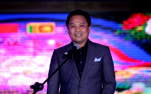 图为北京广西企业商会会长、远洋投资集团董事长郑志