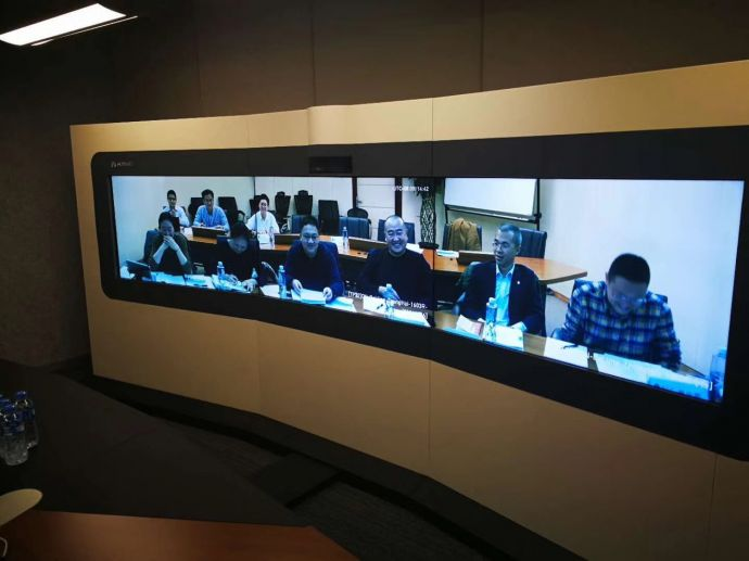 """这是首届""""一带一路""""老-中合作论坛筹备小组第一次会议华为老挝公司智真会议室现场。 华为老挝公司 杨梁 摄"""