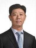 何昌贵  扬子江药业集团总经理助理