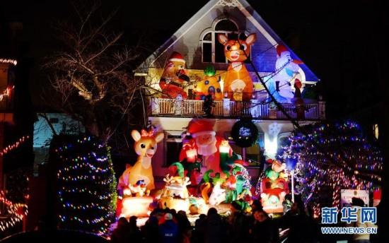 """纽约布鲁克林""""圣诞小镇""""盛装迎圣诞1"""