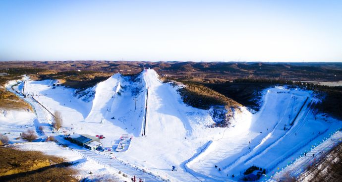 九成宫滑雪场雪道全景
