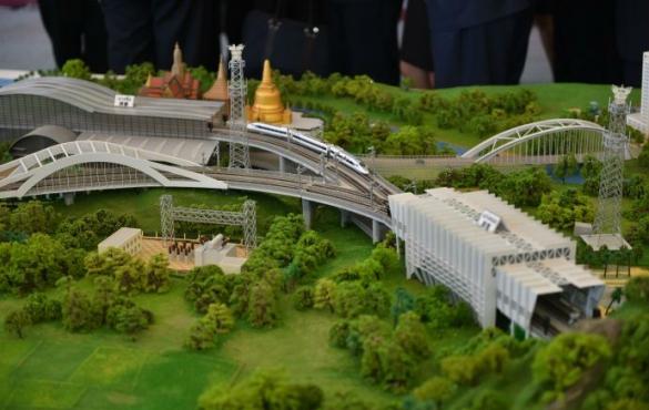 中泰铁路合作项目一期工程正式开工