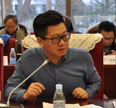 中国经济信息社海洋信息部主任牛晓民发言
