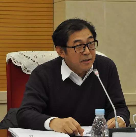交通运输部水运科学研究院副院长贾大山发言