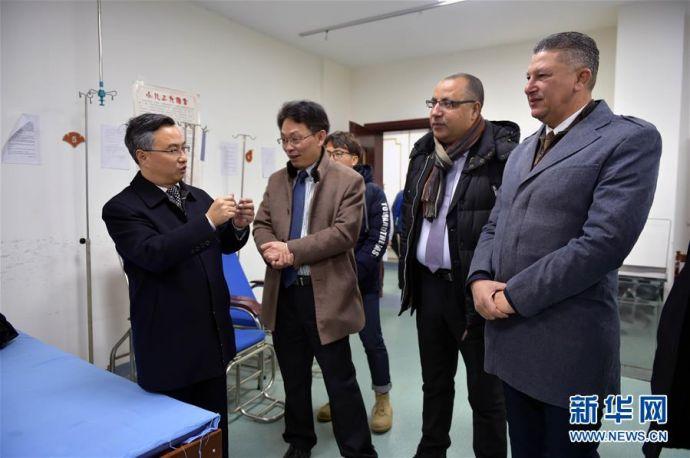 11突尼斯卫生部门官员访问江西考察中医药行业11
