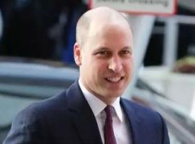 中年油腻?威廉王子出席活动 新发型成焦点