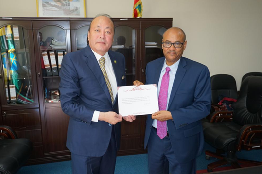 天狮集团旗下天元大学与埃塞俄比亚亚的斯亚贝巴大学达成战略合作意向1