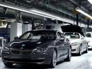 """美国汽车制造商、行业协会,欧盟、加拿大等代表19日在华盛顿强烈批评美国政府对进口汽车及零配件展开的""""232调查"""",并警告说对进口汽车及零配件加征"""